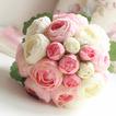 Bouquet di fiori a mano semplice diamante perla atmosferica una matrona d'onore