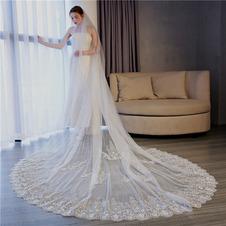 Velo squisito in pizzo velato per accessori da sposa
