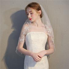 Velo corto da sposa con velo a pettine delicato pizzo pizzo velo accessori da sposa