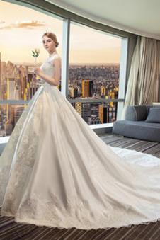 Abito da sposa Raso decorato Corpo a pera A-Line bordo rialzato All Aperto