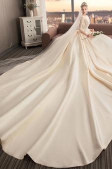 Abito da sposa Super Satin Perline T-Shirt Coda lunga Naturale V-Scollo